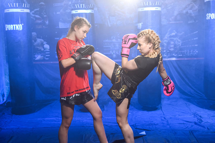 Женский тайский бокс