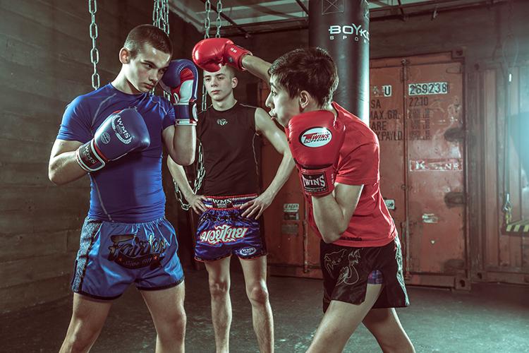Бокс или кикбоксинг?